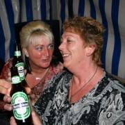 bij de vrolijkestijders feest 001