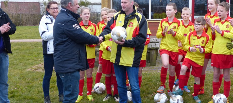 Wedstrijdballen voor VV Drogeham
